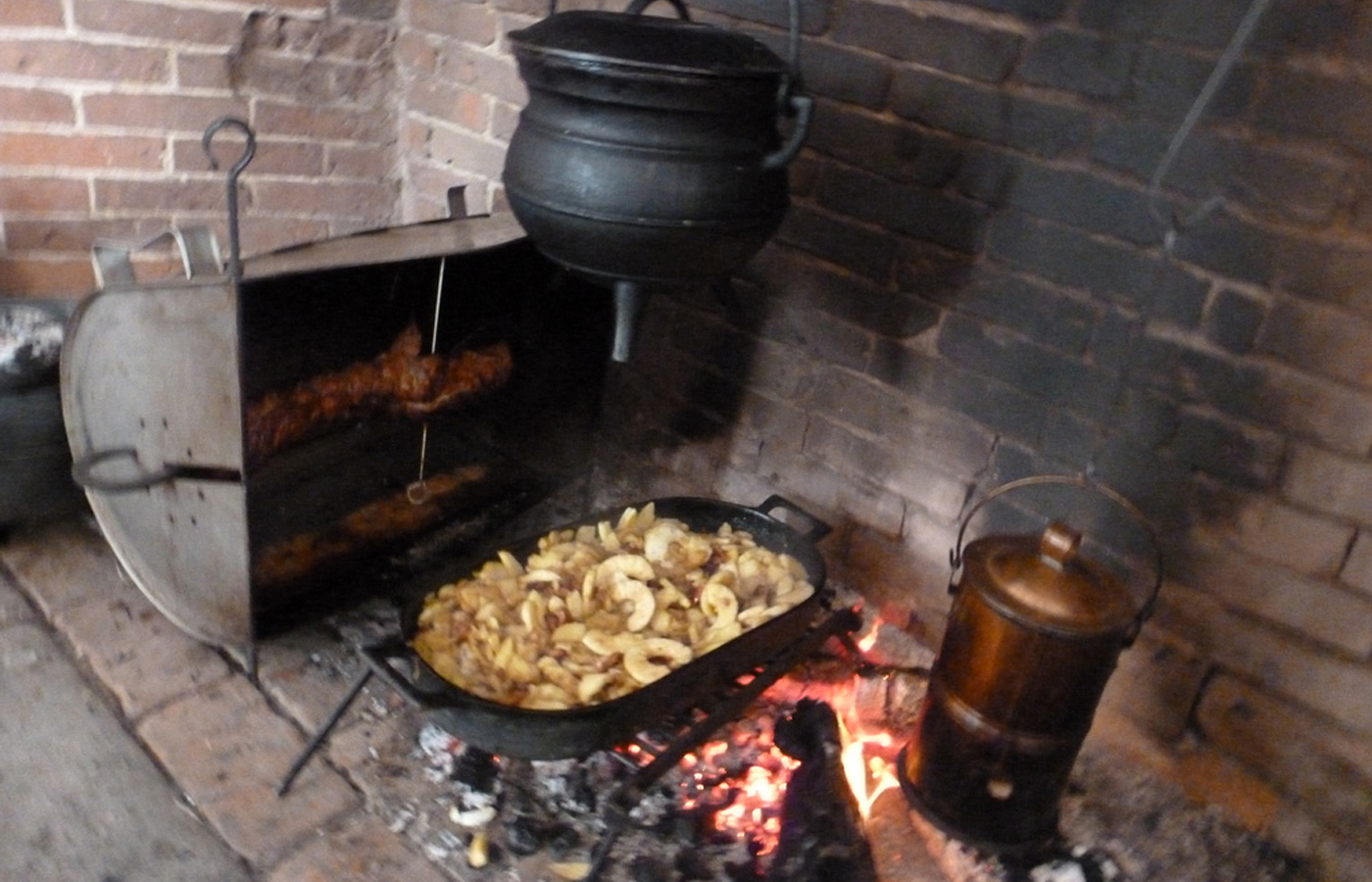 Frontier Friday: 18th Century Cooking