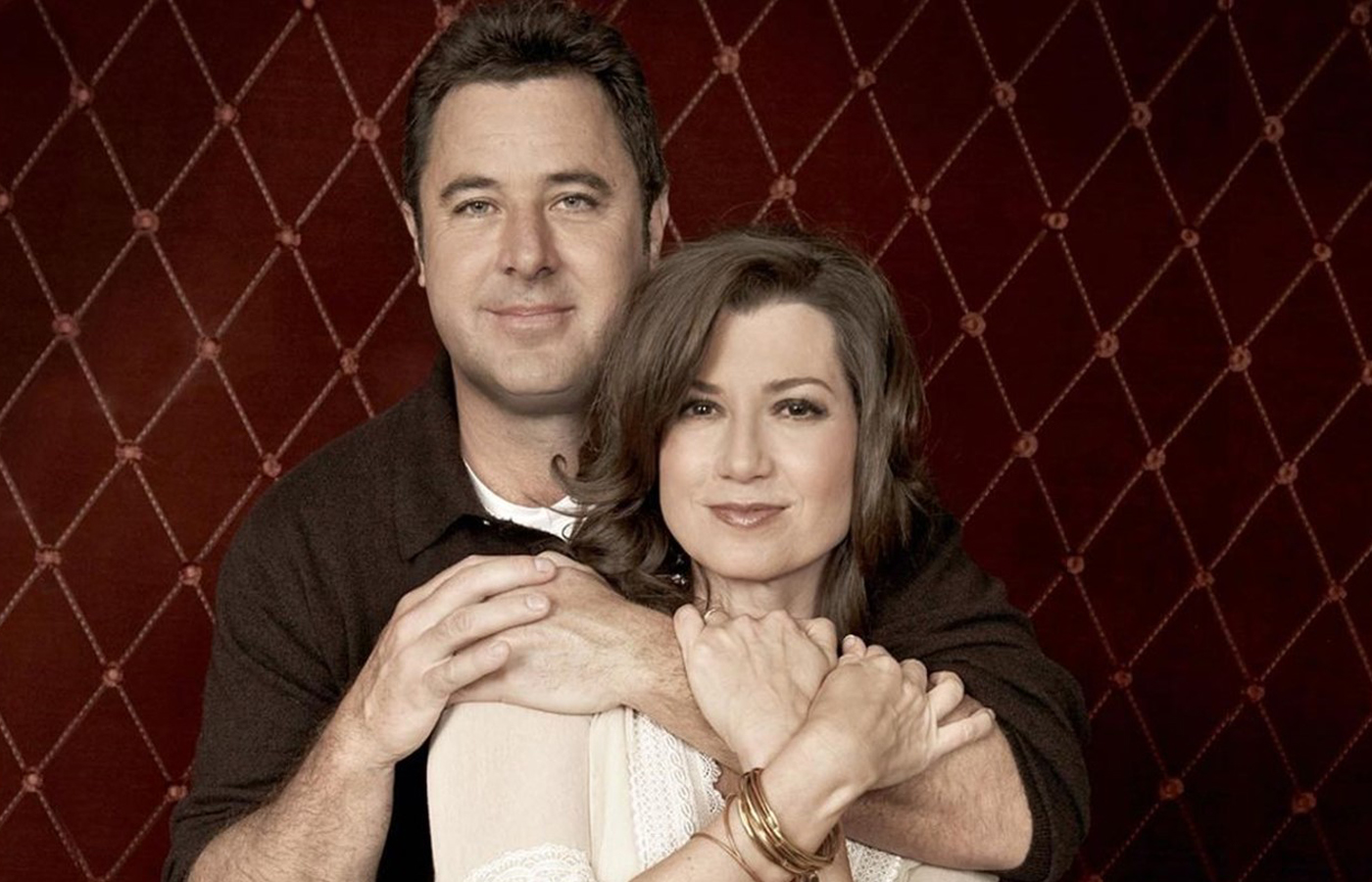 An Evening in the Round with Amy Grant, Vince Gill & Friends
