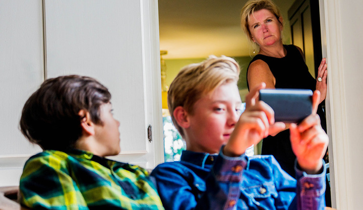 5 Ways Tech Might Be Eroding Your Kids' Manners, Empathy and More