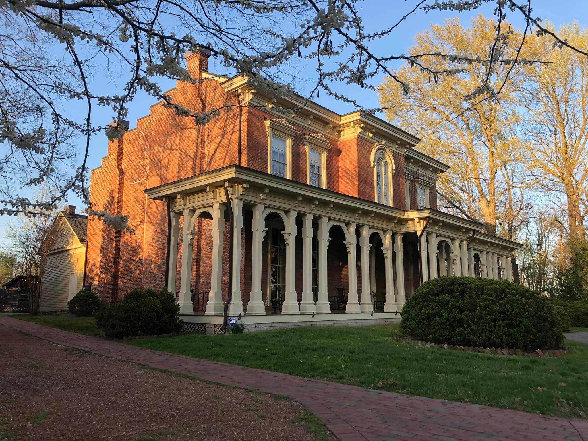 Oaklands Mansion Reopens to the Public with April Events