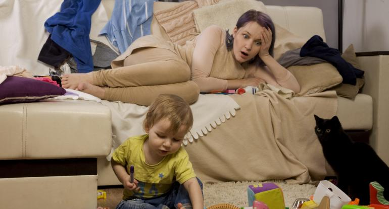 Sleepless in Music City?! 4 Ways to Entertain a Toddler Without Getting Up From the Couch