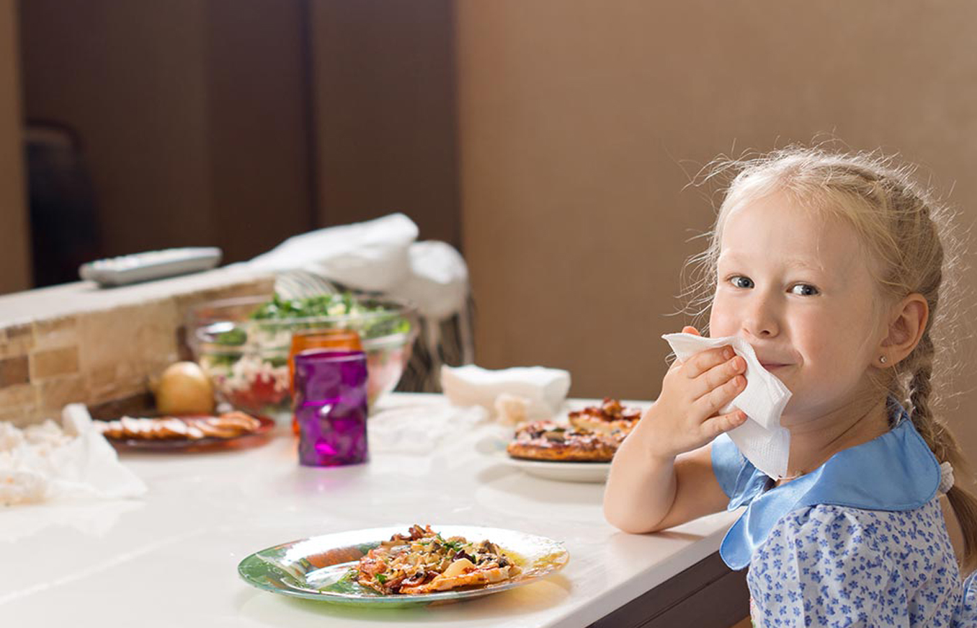 Raising Sociable Eaters