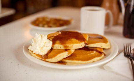 Pancake Pantry Offers Dinner Hours For the First Time