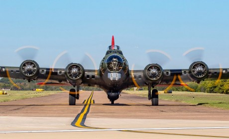 Tour Vintage Military Aircrafts in Clarksville