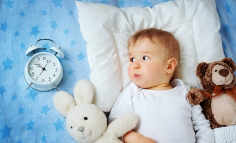 "5 Tips to ""Fall Back"" with Kids at End of Daylight Saving"