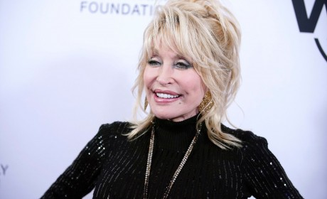 Dolly Urges Tennessee Lawmakers to Reconsider Statue
