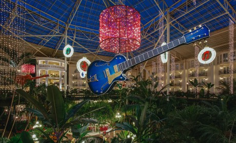 Oak Ridge Boys and More Added to Opryland's 'A Country Christmas'