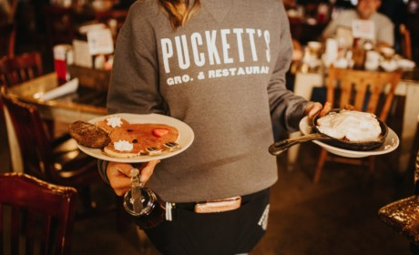 Puckett's Resumes Weekday Breakfast Service