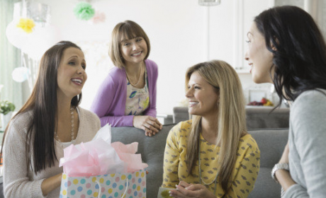 5 Fun Baby Shower Games