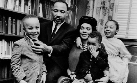 Share With the Kids & Discuss: Rarely Seen Family Photos of MLK