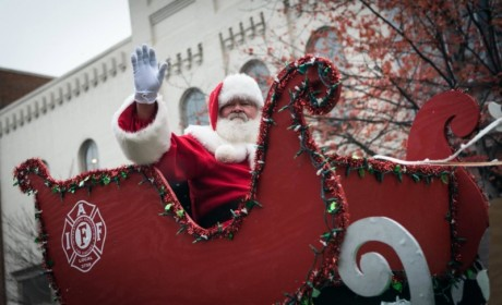 Santa Plans Visits to Franklin Neighborhoods