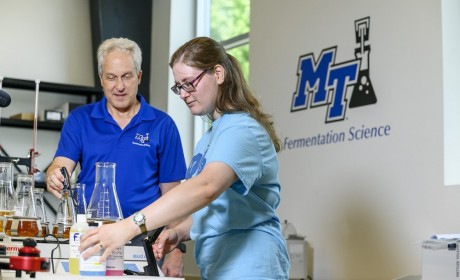 MTSU Plans 'Science Saturdays' for Aspiring Scientists