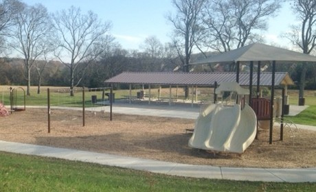 Brentwood Peeps Get First Dibs on Park Shelters
