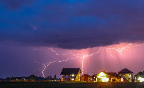 How to Calm A Fear of Thunderstorms